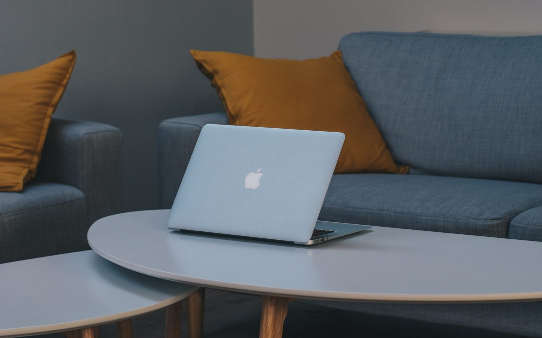 Leter du etter et nytt sofabord?